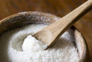 снятие сглаза и порчи с помощью соли